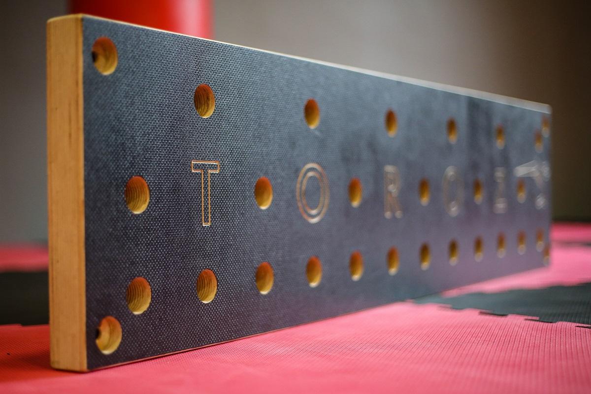 en.toroz.pl peg board
